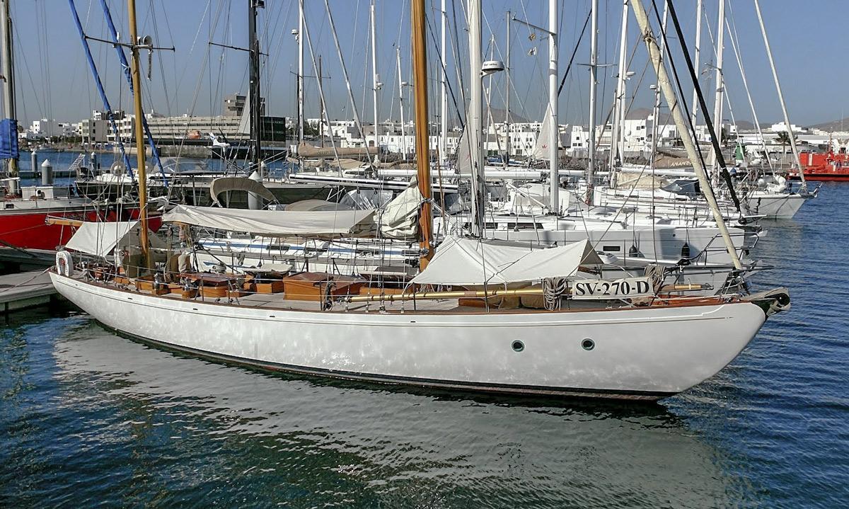 Coch y Bondhu à la Marina Lanzarote